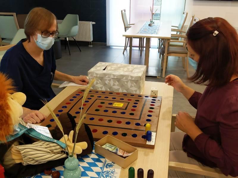 Therapeutische Spiele von Auszubildenden